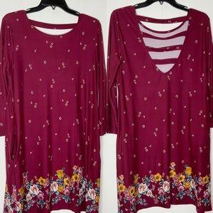 NINE BRITTON burgundy shift dress. Floral detail